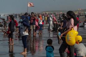 Wisatawan di Yogyakarta Membeludak, Petugas Kewalahan…