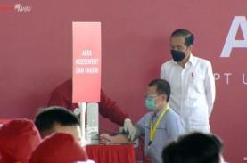 Vaksinasi Covid-19, Jokowi Targetkan Tembus 70 Juta…