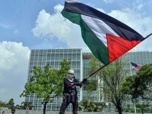 Aksi Bela Palestina, Kedutaan Amerika Serikat di Jakarta Digeruduk Demonstran