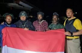 Empat Prajurit TNI Terluka Dihadang KKB di Pegunungan Bintang
