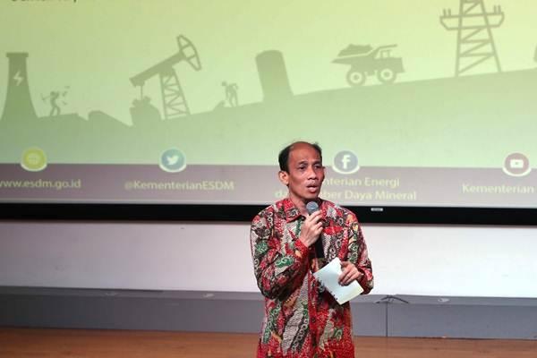 Arcandra Tahar saat masih menjabat sebagai Wakil Menteri ESDM memberikan sambutan kegiatan pemaparan proyek Micro Hydro, di Jakarta, Kamis (5/10). - JIBI/Abdullah Azzam