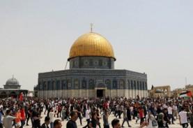 Pasukan Israel Serang Puluhan Pengunjuk Rasa di Yerusalem