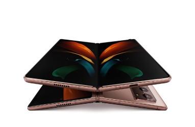 Samsung Pasang Target Ambisius untuk Seri Ponsel Lipatnya