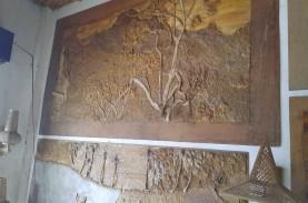 Anyaman Lukisan Berbahan Serat Pisang Banyak Diminati…