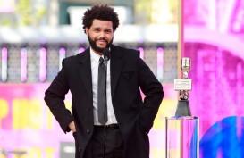 The Weeknd Borong Piala di Billboard Music Awards 2021