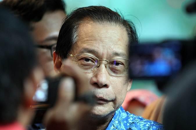 Direktur Utama PT Bank Central Asia (BCA) Tbk Jahja Setiaatmadja menjawab pertanyaan saat halalbihalal bersama media di Jakarta, Rabu (12/6/2019). - Bisnis/Dedi Gunawan