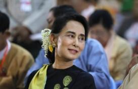 Tampil Pertama Kali Sejak Kudeta, Ini Pesan Aung San Suu Kyi