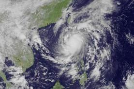 Topan Yaas Mengganas, Sejuta Lebih Warga India Dievakuasi