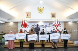 Pelindo Bersatu Berikan Tali Asih Pada Keluarga KRI Nanggala 402