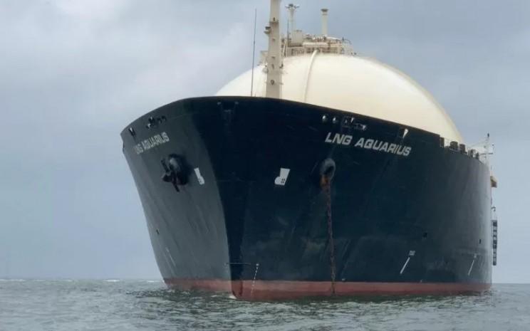 Kapal LNG Aquarius milik PT Hanochem Shipping yang disita Kejaksaan Agung dalam penyidikan kasus korupsi pengelolaan keuangan dan dana investasi PT Asabri.  - ANTARA