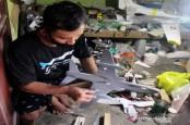 Perajin Miniatur Pesawat Tetap 'Mengudara' pada Masa Pandemi