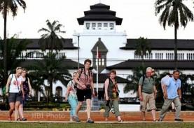 Mulai Hari Ini, Gedung Sate Bandung Ditutup untuk…