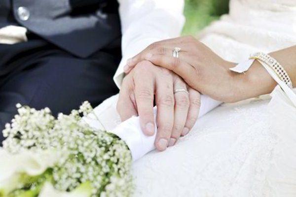 Sebelum menikah, sebaiknya Anda membicarakan beberapa hal penting./Ilustrasi - Express.co.uk