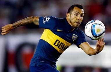 Striker Veteran Carlos Tevez Tinggalkan Boca Juniors