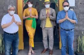 WORK FROM BALI: Ridwan Kamil dan Direksi BJB Pilih Gelar Raker di Warung Teh Manis