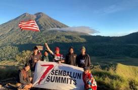 Keren, Perwira TNI AL Ini Sukses Mendaki 7 Puncak Hanya dalam 5 Hari