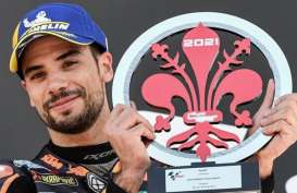 Rossi dan Marquez Jatuh, Oliveira Sabet Juara GP Catalunya