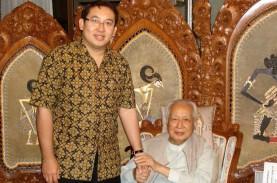 Unggah Foto Bersama, Fadli Zon: Soeharto Selamatkan…