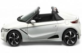 Honda Pamerkan S660, si Mungil dengan Desain Atap Terbuka