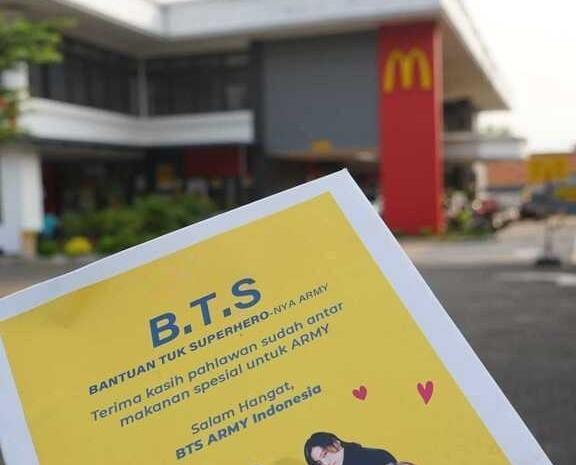 ARMY BTS memberikan donasi makanan dan sembako kepada ojol yang rela menanti berjam-jam McDonalds. - Twitter