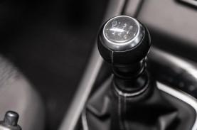Tips Otomotif : Ini Manfaat Shift Lock untuk Parkir…