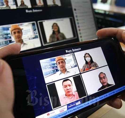 Diskusi Tentang Menciptakan Ekosistem Digital Bagi Industri Kecil Menengah di Era New Normal
