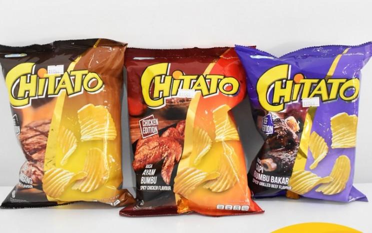 Kudapan Chitato menjadi salah satu andalan PT Indofood CBP Sukses Makmur Tbk. (ICBP).