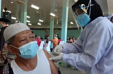 Kemenkes Targetkan Suntik 1 Juta Vaksin Covid-19 Per Hari Mulai Juli