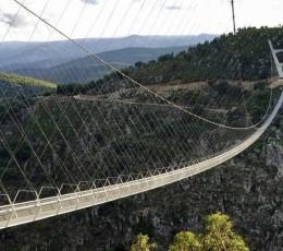 Ini Dia Jembatan Gantung Terpanjang di Dunia, Ada di Portugal
