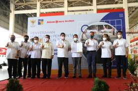 Menteri Koordinator Bidang Perekonomian RI Serahkan…