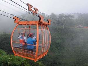 Menikmati Keindahan Gunung Merapi Dari Atas Gondola