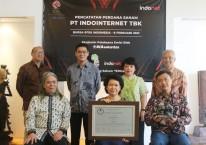 Jajaran Komisaris dan Direksi PT Indointernet Tbk. (EDGE), yang melakukan IPO di Bursa Efek Indonesia pada Senin (8/2/2021). /Istimewa