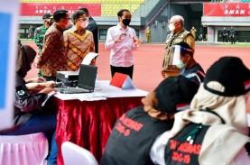 Jokowi Tinjau Vaksinasi di Bekasi, Wali Kota Targetkan…