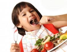Makanan vs Suplemen, Mana Lebih Baik untuk Anak?