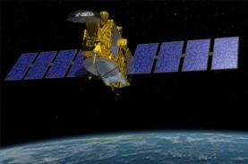 PEMERATAAN AKSES DIGITAL : Pembuatan Satelit HTS Telkom…