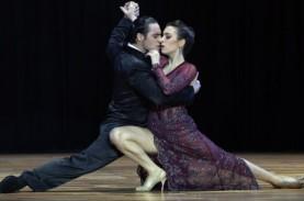 Kisah Keterpurukan Para Penari Tango Argentina di…
