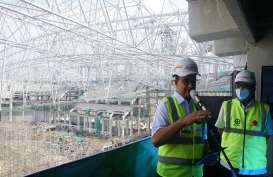 Wow! WEGE Lifting Atap Jakarta International Stadium Seberat 3.900 Ton