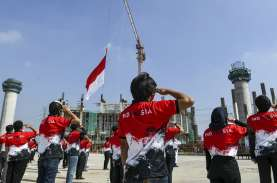 Menteri Agama Wajibkan Hormat Bendera Merah Putih…