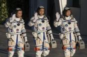 China Kirim 3 Astronot ke Stasiun Luar Angkasa Baru Hari Ini