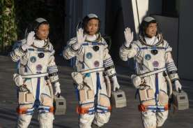 China Kirim 3 Astronot ke Stasiun Luar Angkasa Baru…