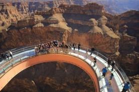 Traveler, Tengok 10 Skywalk Paling Menakutkan dan…