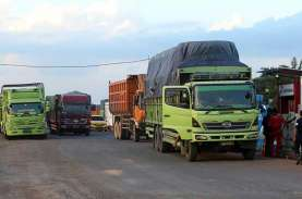 Antrean BBM Mengular di Padang, Ini Kata Pertamina