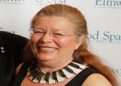SANG TAIPAN: Sherry Bydson, Bos Reuters Sekaligus Wanita Terkaya Kanada