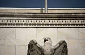 Fed Bullard Sebut Inflasi Tinggi Jamin Kenaikan Suku Bunga pada 2022