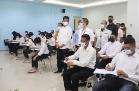 Wali Kota Batam Tinjau Vaksinasi Pekerja