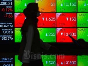 IHSG Terpeleset ke Zona Merah, Kapitalisasi Pasar Turun menjadi Rp7.166,02 Triliun