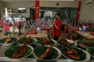 Pemerintah Kota Depok Melarangan Layanan Makan di Tempat