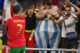 Cetak 2 Gol, Cristiano Ronaldo Juga 2 Kali Dilempari…