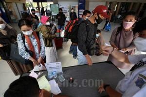 PT Kereta Api Indonesia (Persero) DAOP 8 Surabaya Catat Penurunan Penumpang Saat PPKM